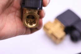 "Solenoid valve SB116 normally closed Port 1/4"" ,3/8"",1/2"""