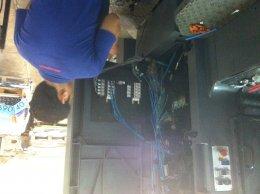 4V210-08 Broad/Electrical