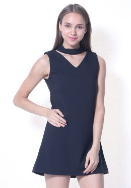 V-Neck Dress with choker