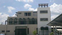 อาคารโชว์รูม LPE บางใหญ่ นนทบุรี