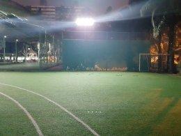 Project : ไฟสปอตไลท์โซล่าเซลล์โรงเรียนเซนต์ฟรังเมืองทอง