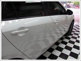วิธีการดูแลรถสีขาว อย่างถูกวิธี