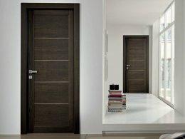 การเลือกบานประตูไม้จริงเอ็นจิเนียร์สำหรับบานประตูห้องนอนและบานหน้าบ้าน
