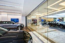 จากัวร์ โชว์รูม สยามพารากอน (Jaguar Showroom, Siam Paragon)