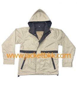 เสื้อแจ็คเก็ต ผ้าไมโครกลับด้าน สีครีมตัดต่อสีเทา มีฮู๊ด