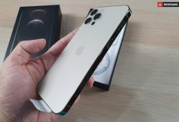 ภาพจริง iPhone 12