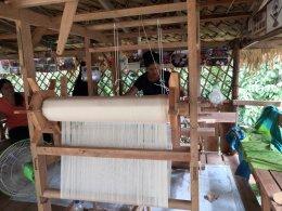 โครงการการเพิ่มมูลค่าผลิตภัณฑ์หัตถกรรมจากเส้นใยกล้วยด้วยวิธีการทอ