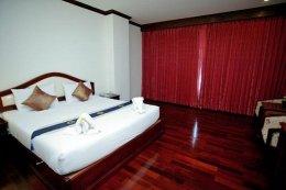 Arawan Riverside Hotel