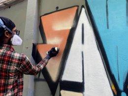 Hype Spray กับศิลปิน Sawasdee