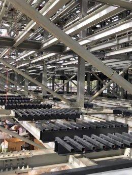 โรงพยาบาลกรุงเทพ สำนักงานใหญ่ ซ.ศูนย์วิจัย กรุงเทพมหานคร ที่จอดรถอัตโนมัติ ระบบหุ่นยนต์ Comb Exchange - Pallet less รุ่น GXP G-04 Crosswise Parking จำนวน 296 คัน ก่อสร้าง พ.ศ. 2560