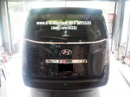 Hyundai H1 สีดำแต่งหล่อเข้มรอบคันกับดียูช้อป