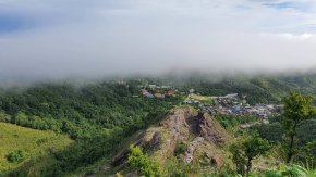 GoTravel! ep.2 / 3 Kanchanaburi during COVID Land of clouds, fog and rain, Ban E-Tong, Pilok Thong Pha Phum mine (with clips)