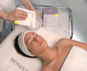 ทรีทเม้นท์ลดฝ้า กระ รอยหมองคล้ำ  (Melasma treatment)