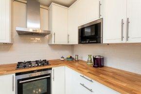 15 วิธีทำความสะอาดห้องครัวอย่างล้ำลึก หมดจดทุกตารางนิ้ว