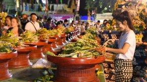 ประเพณีบูชาเสาอินทขิล ณ วัดเจดีย์หลวง, เชียงใหม่