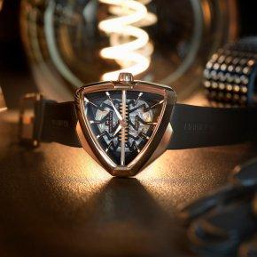 VENTURA ELVIS80 SKELETON นาฬิกาทรงสามเหลี่ยมรุ่นตำนานที่พร้อมพลิกโฉมโลกแห่งอนาคต
