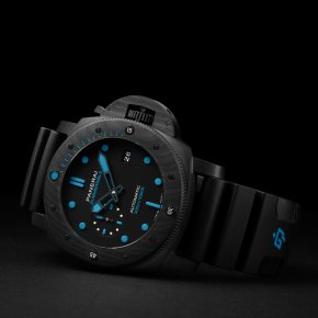 PANERAI  SUBMERSIBLE CARBOTECH™