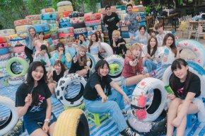 กุ้ง-ศรุดา นำทีมน้องๆ จิตอาสา Idol Exchange ร่วมเพ้นท์ยาง พร้อมส่งมอบขึ้นรถนำส่ง Elephant Nature Park จ.เชียงใหม่
