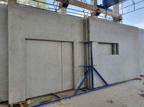 Precast concrete panel