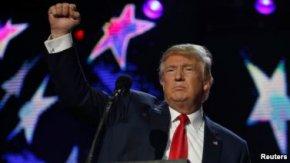 """""""โดนัลด์ ทรัมป์"""" พลิกล็อกคว้าชัยเลือกตั้งประธานาธิบดีสหรัฐฯ 2016 !!"""