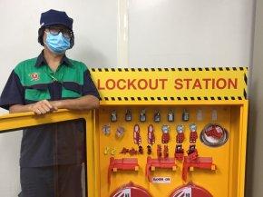บริษัท กรุงเทพเซฟตี้แอนด์สลิง จำกัด ได้เข้าอบรมการใช้อุปกรณ์ Loclout Tagout บริษัทคาราบาวแดง