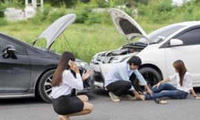 """เกิดอุบัติเหตุ ณ ทางไกล แทบสิ้นสติ !!! หนทางแก้ไข """"ตั้งสติ รวมหลักฐาน"""" แยกย้ายได้"""