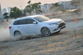 Mitsubishi NEW Outlander PHEV รถพลังงานทางเลือกใหม่ ใช้ง่ายไม่ยุ่งยาก