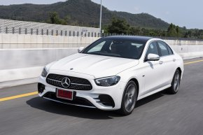 ทดลองขับ Mercedes-Benz The new E-Class