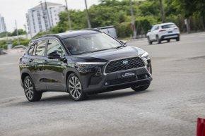 ทดลองขับ All-New Toyota Corolla Cross C-SUV เปิดตัวครั้งแรกของโลก ราคาเร้าใจ..นุ่ม..หนึบ..นั่งสบาย