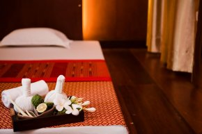 What are the health benefits of Laos massage?