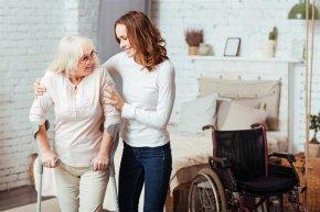 รู้หรือไม่ การหกล้มในผู้สูงอายุ อันตรายขนาดไหน