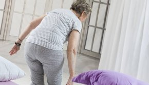 จัดห้องนอนให้ปลอดภัย เหมาะกับวัยผู้สูงอายุ