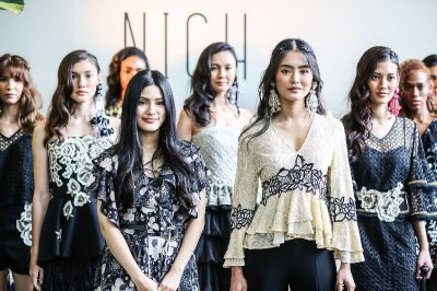 'NICH' Fall/Winter 2017 พาสาวกแฟชั่นออกท่องกลิ่นอายแห่งโมร็อคโค