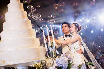 เซเล็บ ดารา ร่วมงานมงคลสมรสแห่งปีของคู่รักหมื่นล้าน จุ้มจิ้ม-วรนันท์ จันทรัศมี และภัทร จึงกานต์กุล