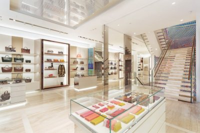 เปิด Longchamp La Maison Omotesando Flagship store ที่ใหญ่ที่สุดในเอเชีย