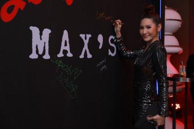 """เซเล็บร่วมงาน """"MAX'S SPEAKEASY BAR"""" บาร์เอ็กซ์คลูซีฟดีไซน์เก๋แต่งด้วยแสงสีนีออน จาก """"Penfolds"""""""