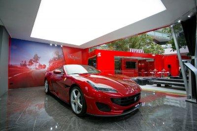 """""""Casa Ferrari"""" โชว์รูมรถเฟอร์รารี่จำลองใจกลางเมืองแห่งแรกในประเทศไทย"""
