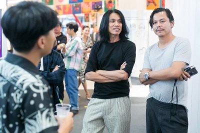 มอง 12 งานศิลป์ระดับโลกผ่านคนดัง กับงาน Let's Talk Art