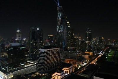 """สุดตระการตา """"แมกโนเลียส์ ราชดำริ บูเลอวาร์ด"""" เนรมิต 3D Projection Mapping บนตึกสูง 60 ชั้น"""