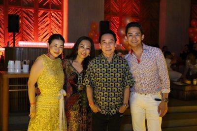 ศุภลักษณ์ อัมพุช ขนเซเล็บบินเฟิร์สคลาสเปิด Café del Mar Phuket บีชคลับสุดหรูแห่งแรกในเมืองไทย
