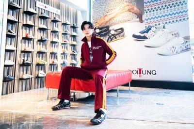 Onitsuka Tiger x DoiTung สุดยอดผลงานคอลแลปส์ สนีกเกอร์ใหม่ อวดเอกลักษณ์ไทยจากผ้าทอมือ