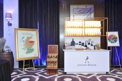 เปิด Decanter เลาจน์หรูบนโรงแรม The St. Regis Bangkok ซึ่งมีห้องพิเศษของ จอห์นนี่ วอล์กเกอร์ บลู เลเบิ้ล