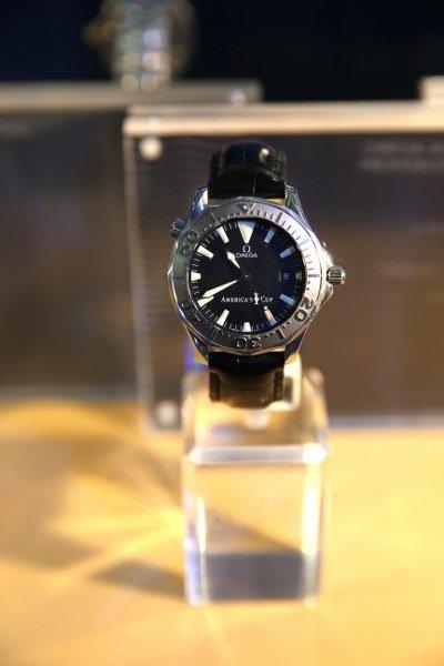 """25 Years of OMEGA Seamaster Diver 300M"" ฉลองชัยชนะเหนือเกลียวคลื่นและใต้ผืนสมุทร"