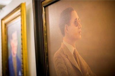 """นิทรรศการศิลปกรรม """"ร.๙ ในหลวงในดวงใจนิรันดร"""" ที่เซ็นทรัล เอ็มบาสซี"""
