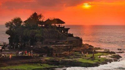 """""""การบินไทย"""" เผย 9 สถานที่ท่องเที่ยว """"อินโดนีเซีย"""" ที่ไม่ควร...พลาด!"""