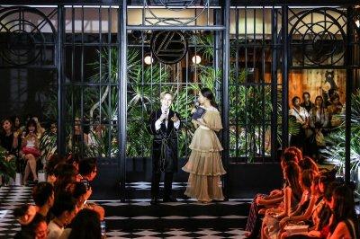 """'Jardin de la Boutique'  โอเอซิสใจกลางกรุง เปิดตัวพร้อมคอลเล็กชั่นใหม่ ออทั่ม 2017 """"Prom Night Twirlies"""""""