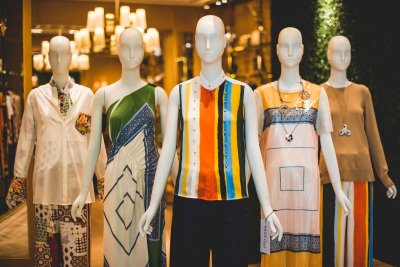 Tory Burch ต้อนรับ Spring Summer 2018 ด้วยแรงบันดาลใจจากนักออกแบบตกแต่งภายใน David Hicks