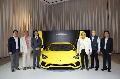 """เหล่าเซเลบฯ ตบเท้าร่วมยินดี """"เรนาสโซ มอเตอร์"""" ฉลองแต่งตั้งตัวแทนจำหน่าย Lamborghini รายเดียวในไทย"""