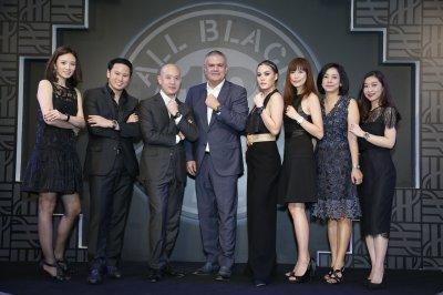 เจนี่ เทียนโพธิ์สุวรรณ เปิดตัว Hublot Big Bang Unico Sapphire All Black