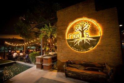 Roots Bangkok จุดหมายปลายทางของร้านอาหารที่ทุกคนต้องมา